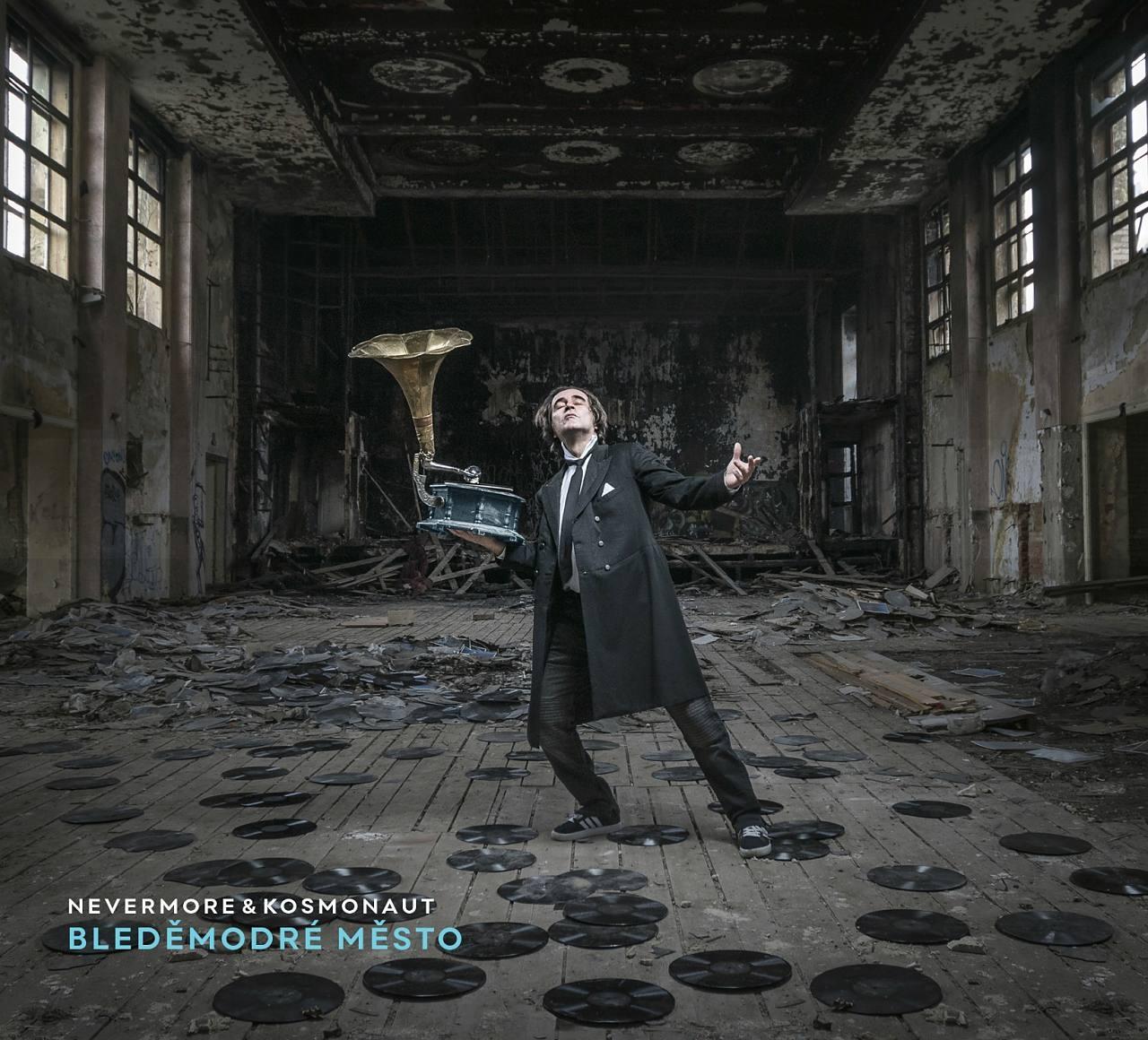 Nevermore & Kosmonaut – Bleděmodréměsto – Hlas